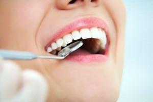 Surgeon dentist