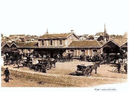 images-d-antan-vue-de-la-cour-de-la-garex320-1854
