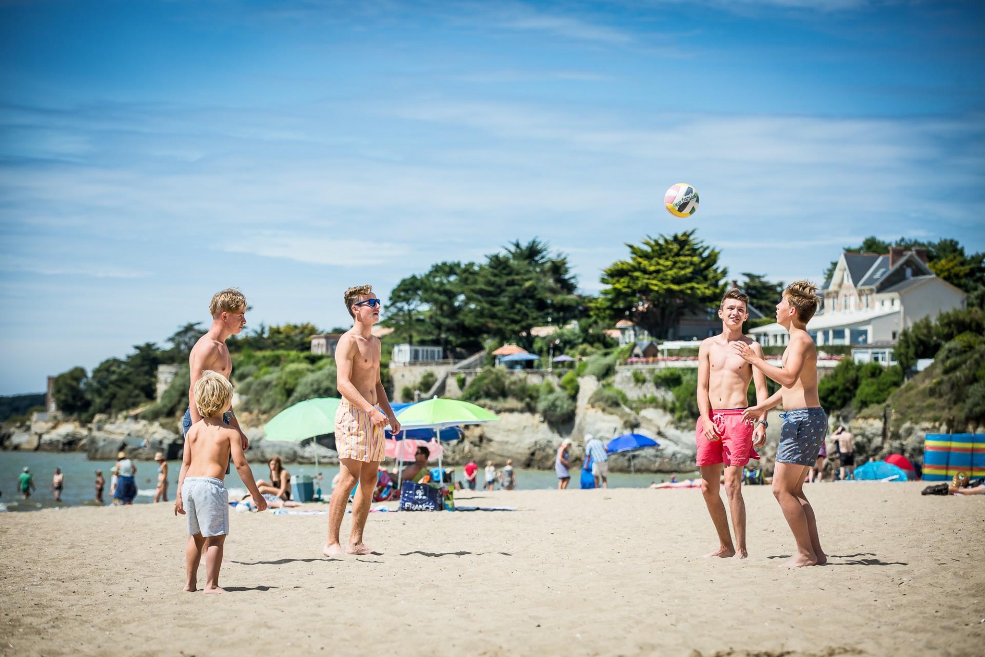 beach volley, plage, plage entre amis, plage la bernerie en retz