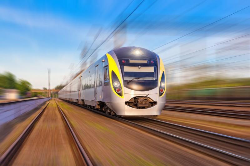 train-artem-furman-fotolia-com-699