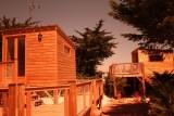 Cabanes sur pilotis au camping l'Albatros