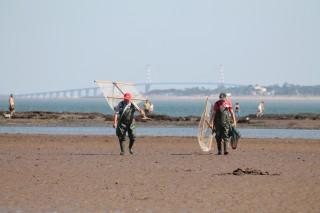 Pêche à pied au carrelet à Port Giraud