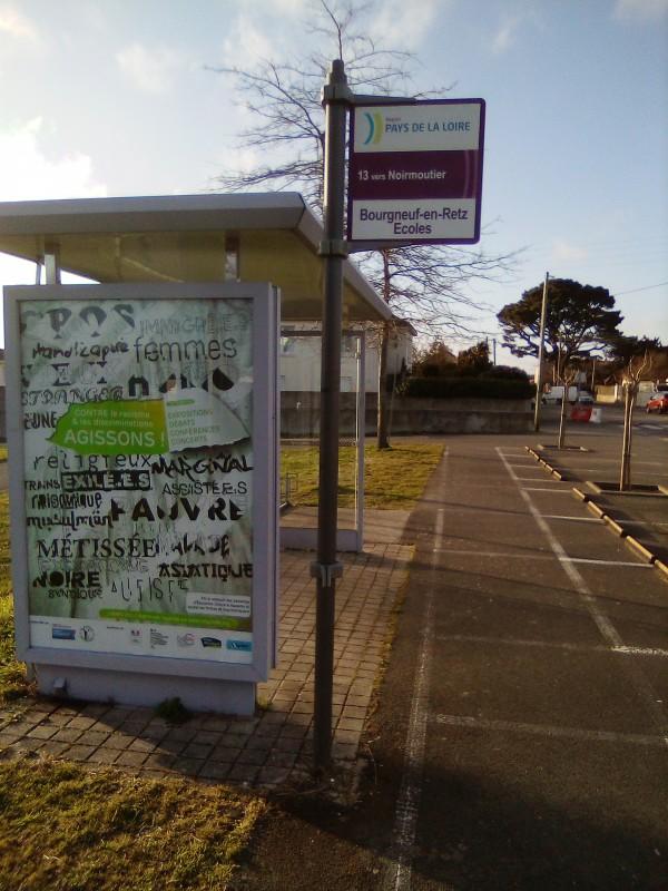 Arrêt de bus Nantes Noirmoutier à Bourgneuf Ligne 13 Aléop
