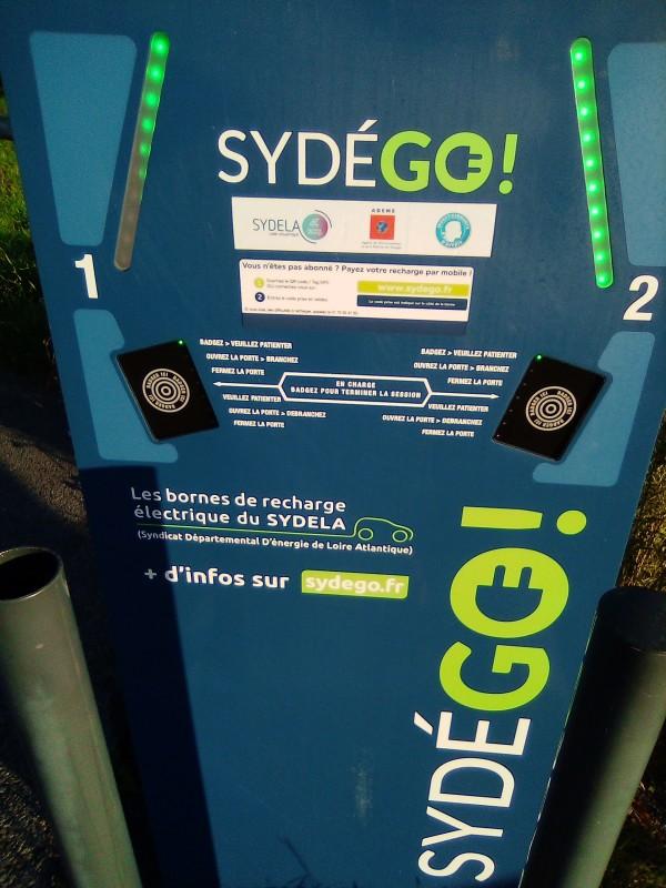 borne-de-recharge-vehicules-electriques-7-17206