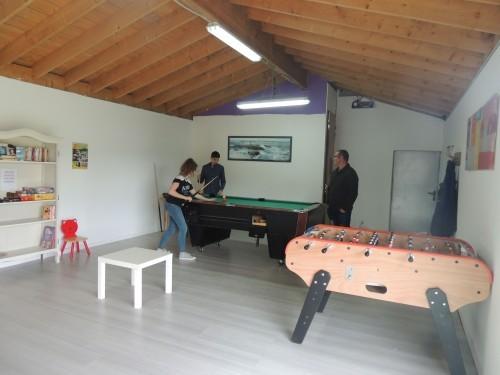 camping-de-la-pree-salle-de-jeux-9412