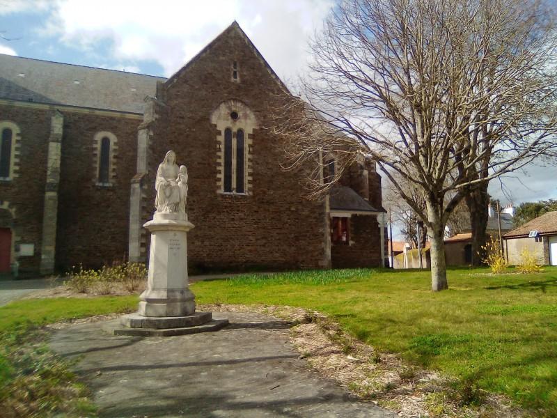 Eglise Ste Anne de Vue