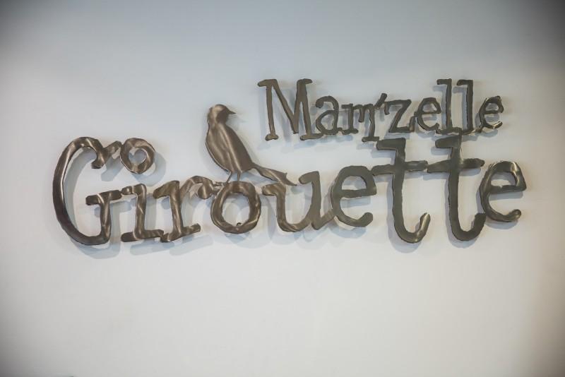 Enseigne Mamz'elle Girouette, Boutique et Salon de thé