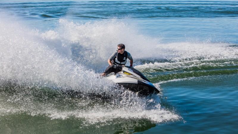 ESPACE AVENTURES, ski nautique, bouée tractée