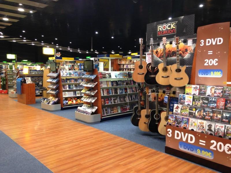 Livre, jeux vidéo, CD, DVD, Blu-ray, billetterie