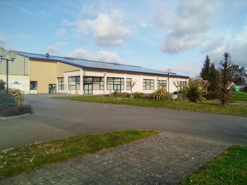 Parking salle des sports de Fresnay