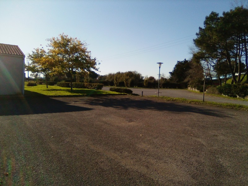 parking-salle-polyvalente-4-17233