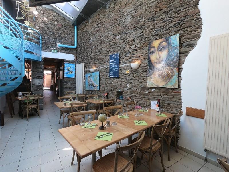 Restaurant le Jade Pornic, Pornic Restaurant, cuisine traditionnelle, ruelle, port de Pornic, mur en pierre