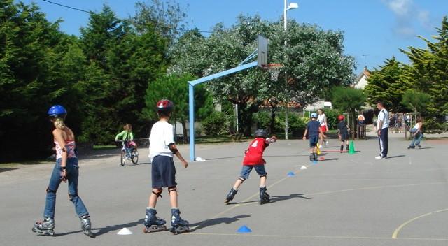 terrain omnisports, sports, basket, foot, tennis, les moutiers