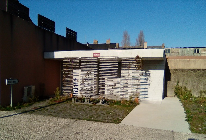 toilettes-publiques-place-du-marais2b-17273