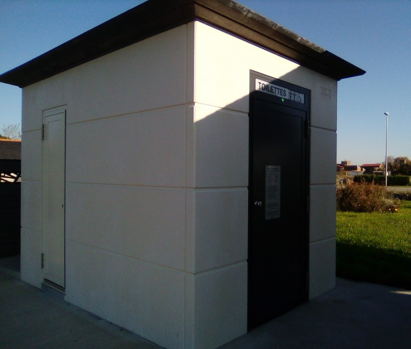 toilettes-publiques-salorge-5a-17270