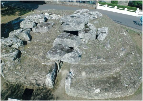 Vue aérienne du tumulus des Mousseaux