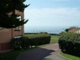 Entrée de la résidence, appart à gauche sur la photo - CL120-