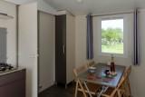 Salon cottage Lila 2 chambres camping La Chênaie