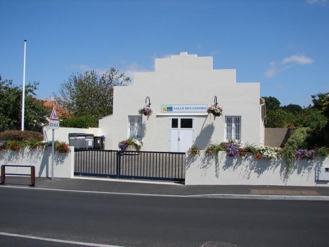 Extérieur de la salle des loisirs à La Plaine-sur-Mer