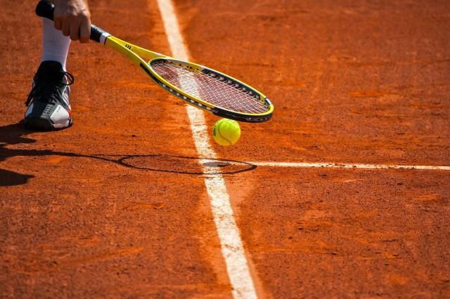 TOURNOI DE TENNIS EN SALLE-ST MICHEL