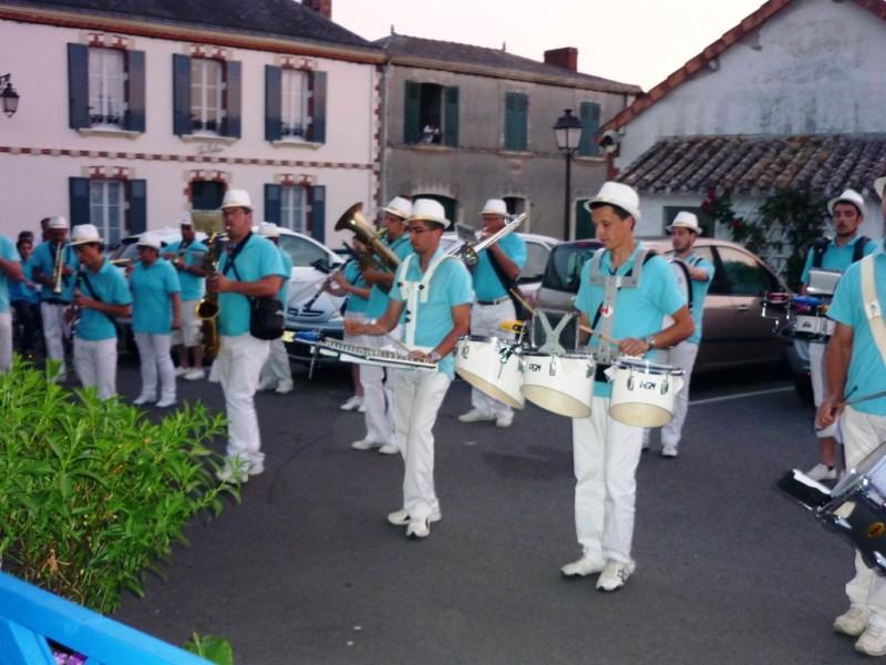 fanfare, feu d'artifice, 13 juillet, moutiers