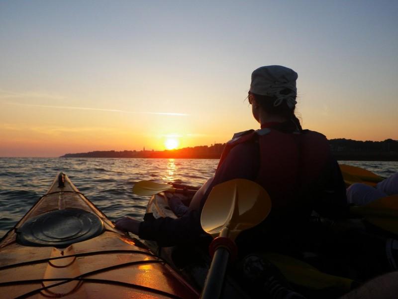 pornic kayak sortie en mer coucher de soleil activite nautique balade rando