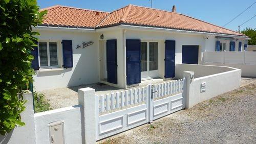 ext-facade-3-32873