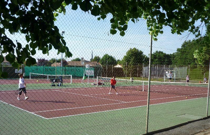 Location court de tennis